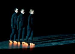 fantastic-instrumental-schwarzlicht-02